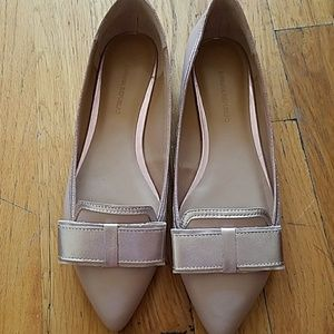Banana republic pointed bow flats